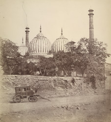 Mosque in Delhi. Father's ghari in front.